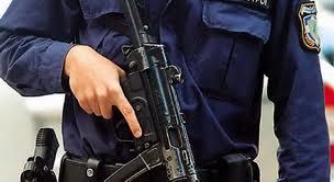 «Αστυνομο - κρατούμενα» τα γραφεία του ΚΚΕ στη Λάρισα;