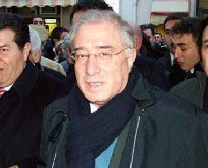 Ακυρώθηκε η καταδίκη γερουσιαστή, συνεργάτη του Σίλβιο Μπερλουσκόνι