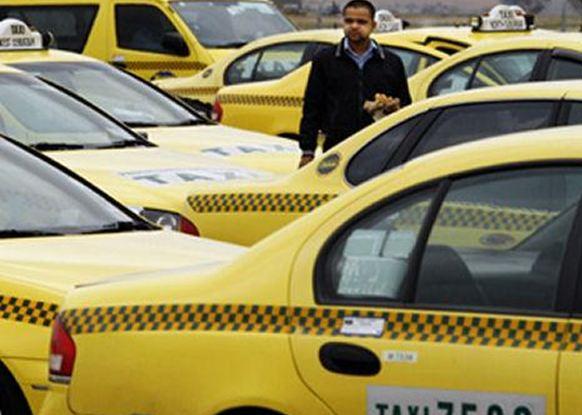 Έλληνες οδηγούς ταξί ζητούν ομογενείς από την Αυστραλία