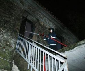 Ύψους 50.000 ευρώ οι καταστροφές από πυρκαγιά σε σπίτι