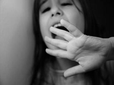 42χρονος επιχείρησε να κακοποιήσει σεξουαλικά 12χρονη