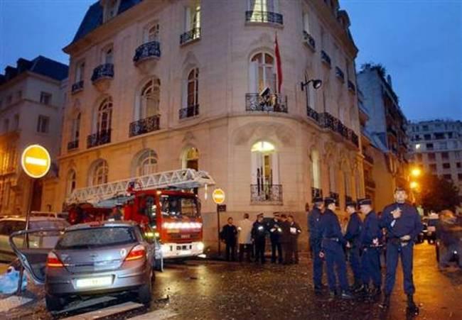 Έκρηξη βόμβας έξω από την πρεσβεία της Ινδονησίας στο Παρίσι