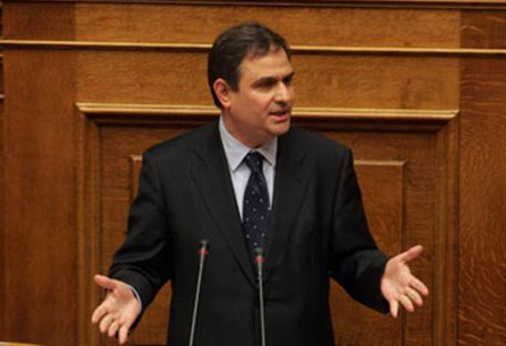 Σήμερα ορκίζεται ο νέος υπουργός Οικονομικών