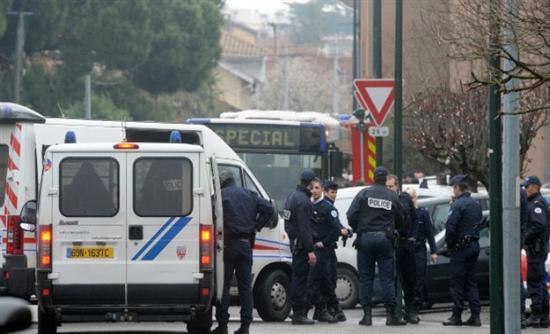 Θρίλερ με την σύλληψη του υπόπτου στην Τουλούζη