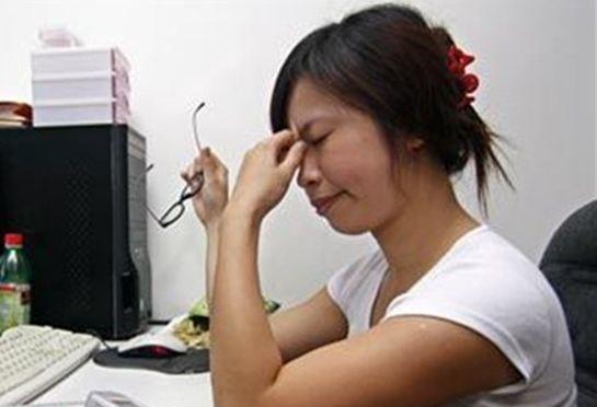 Στην Ταϊβάν πεθαίνουν, κυριολεκτικά, στη δουλειά