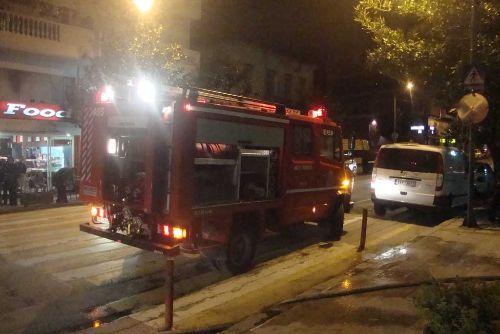 Τρίκαλα - Φωτιά στον Ιερό Ναό Αγίου Νικολάου
