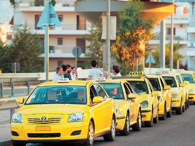 Μικρές αλλαγές στο ν/σ για την απελευθέρωση των ταξί