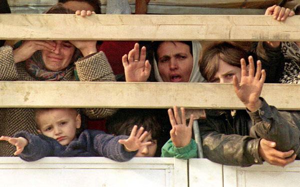 Πάνω από 9.300 αιτήσεις ασύλου από μετανάστες δέχθηκε η Ελλάδα το 2011