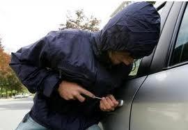 Λάρισα: Σύλληψη 36χρονου για κλοπή οχήματος και οπλοκατοχή