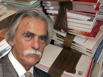 Αθωώθηκε ο Ν. Αγγελάρας για το θέμα των σχολικών βιβλίων