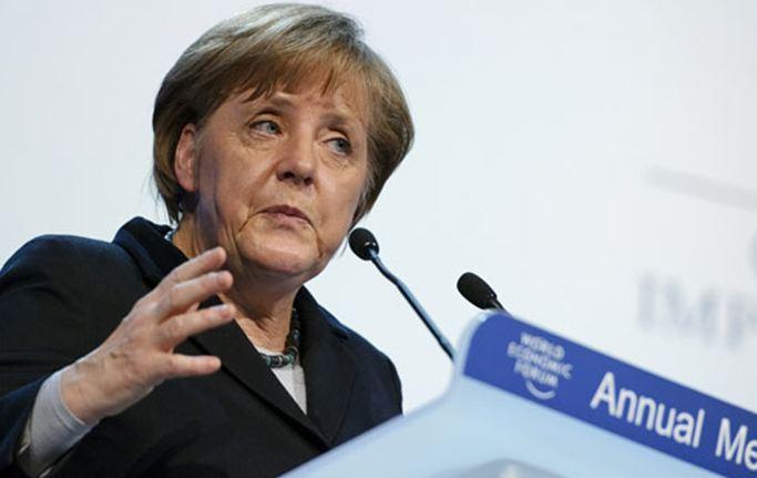 Αγκ. Μέρκελ: «Καταστροφική τυχόν έξοδος της Ελλάδας από την ευρωζώνη»