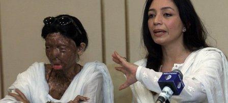 Πακιστανή, θύμα επίθεσης με οξύ... αυτοκτόνησε από τον 6ο όροφο