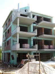 Τρίκαλα: 48χρονος μπήκε σε οικοδομή και «φόρτωσε» ότι βρήκε