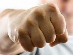 Επιχειρηματίας χτύπησε υπάλληλο που ζήτησε τα δεδουλευμένα!