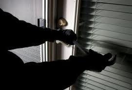Συνελήφθη επ αυτοφώρω να μπαίνει σε οικία στην Καρδίτσα