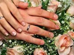 Κρήτη: Λευκοί γάμοι για μία πράσινη κάρτα