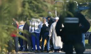 Έφηβοι εκτέλεσαν και έκαψαν συμμαθητή τους