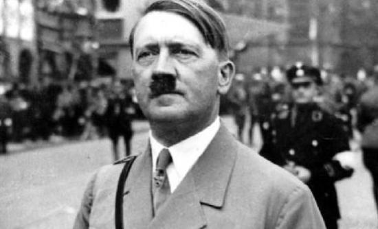 Ξεθάβουν τους γονείς του Χίτλερ