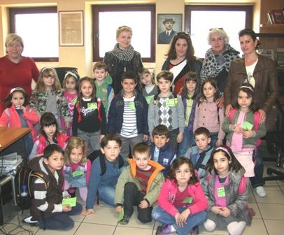 Τα παιδιά του 18ου Νηπιαγωγείου Βόλου στον ΤΑΧΥΔΡΟΜΟ
