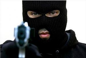 Ληστεία με ψεύτικο όπλο σε σούπερ μάρκετ στα Χανιά