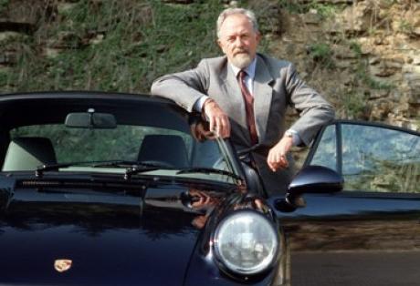 Πέθανε ο σχεδιαστής της Porsche 911