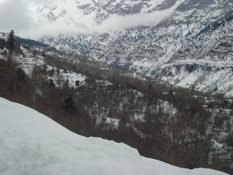 Τρίκαλα: Χειμωνιάτικο σκηνικό με χιόνια και βροχοπτώσεις
