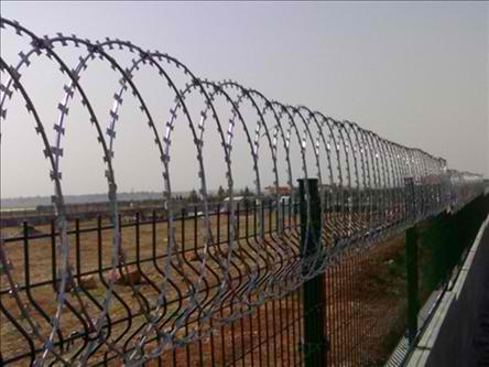 Εγκαταλείπεται η ιδέα για κατασκευή φράχτη στα σύνορα Βουλγαρίας- Τουρκίας