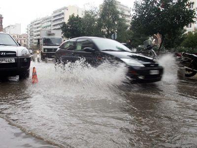 «Πορτοκαλί συναγερμός» λόγω ισχυρών βροχών στη Βουλγαρία
