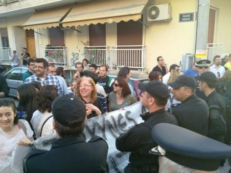 Πάτρα: ''Όλοι μαζί τα φάγατε'' - Αποδοκίμασαν τον Αντώνη Σαμαρά! [βίντεο]
