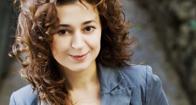 Τουρκάλα δημοσιογράφος καταγγέλλει τη χώρα της