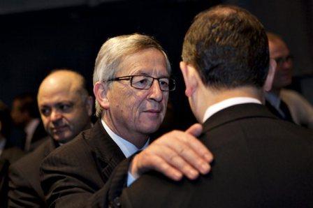 Γιούνκερ: Ανοησίες και προπαγάνδα η έξοδος της Ελλάδας από το ευρώ