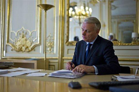 «Καθυστερήσαμε πολύ να βοηθήσουμε την Ελλάδα» λέει ο Γάλλος πρωθυπουργός