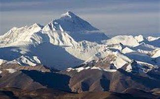Νεκροί τρεις ορειβάτες στο Έβερεστ