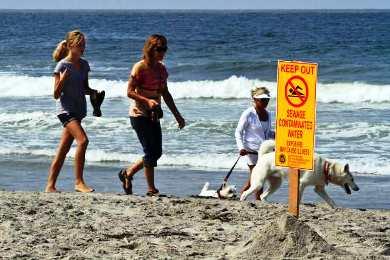 Λος Άντζελες: παραλία πλημμύρισε με περιττώματα και λύματα