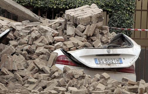 Τουλάχιστον 41 μετασεισμοί στη διάρκεια της νύχτας στην Εμίλια Ρομάνια
