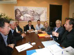 Σύσκεψη του Περιφερειάρχη Θεσσαλίας με Δημάρχους για τις λαϊκές αγορές