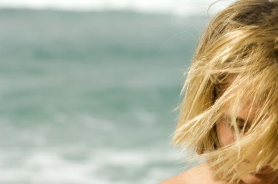 Προστατεύεστε τα μαλλιά σας το καλοκαίρι