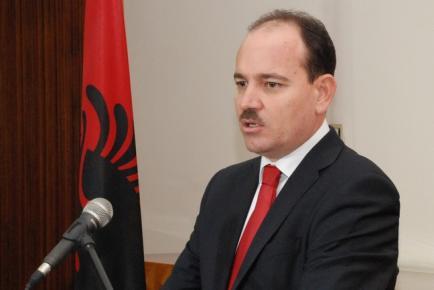 Ο Μπουγιάρ Νισάνι είναι ο νέος πρόεδρος της Αλβανίας