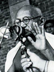 Άγνωστο αρχείο του Γκάντι θα δημοπρατηθεί στο Λονδίνο