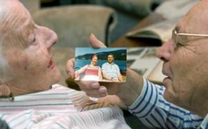 Βραχιόλι με GPS για ηλικιωμένους με Αλτσχάιμερ