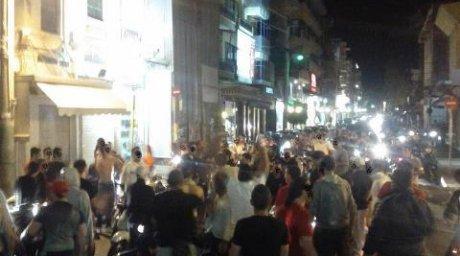 Ξέφρενοι πανηγυρισμοί στο Ηράκλειο μετά τον... άθλο της Εθνικής!