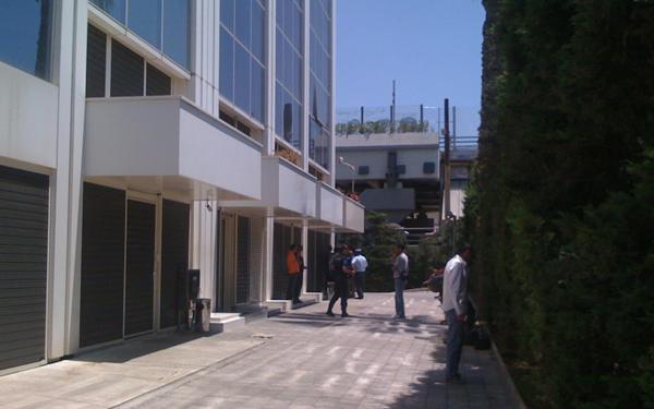 Ρίψη χειροβομβίδας στο κτίριο της Καθημερινής και του ΣΚΑΪ