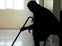 Ληστεία σε βάρος 90χρονης