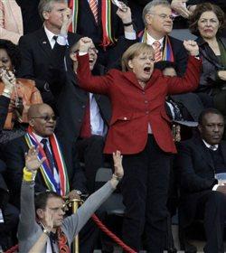 Xωρίς την Μέρκελ στην εξέδρα ο αγώνας Ελλάδα-Γερμανία την Παρασκευή