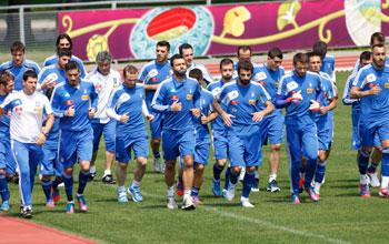 Για το παιχνίδι με τη Γερμανία προετοιμάζονται οι διεθνείς
