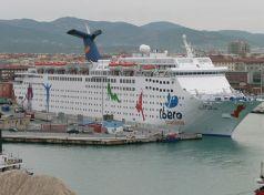 Ισπανούς τουρίστες έφερε  το κρουαζιερόπλοιο Grand Celebration