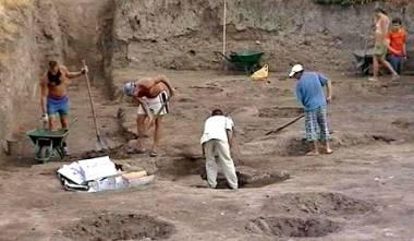 Βρέθηκαν λείψανα ανθρώπου που ζούσε στη γη πριν από 6.000 χρόνια!