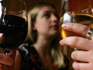Κρήτη: 33χρονος ιδιοκτήτης καφετέριας σέρβιρε αλκοόλ σε ανήλικους