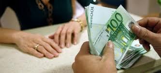 """""""Πάγωμα"""" πληρωμών και επιστροφών φόρου"""