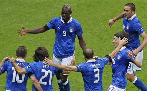 Ο Σούπερ Μάριο Μπαλοτέλι έστειλε την Ιταλία στον τελικό και τη Γερμανία σπίτι της